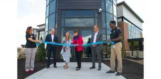 Grand Opening for Small Paws Expansion of Hill's Pet Nutrition Center