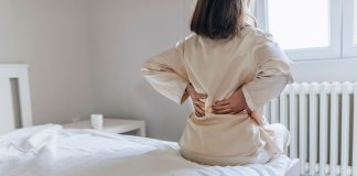 6 stretches to do in the morning when you have back pain