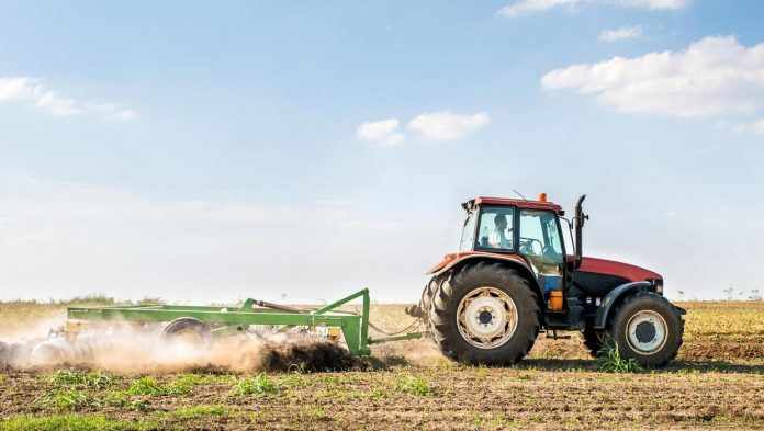 Watch your back: Expert tips for farmers to avoid pain and injuries when using machines