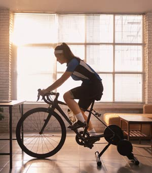 Cyclists pass the nutrition test    Mirage news