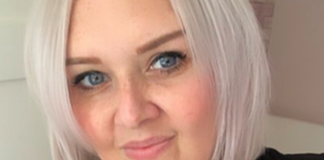 """Mother reveals what it's like to suffer from a """"suicide headache"""""""