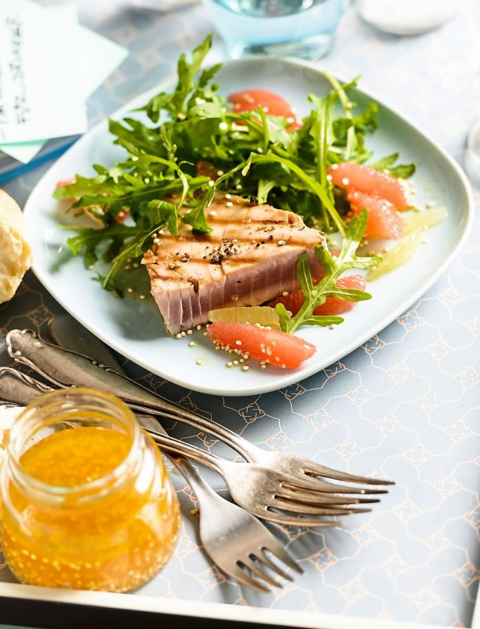 For migraineurs, eating oily fish can help relieve their pain