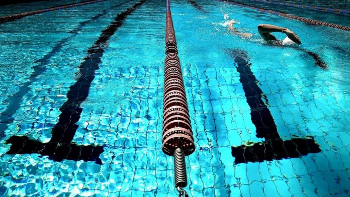 Your Cancer Answers: Do you recommend aqua aerobics for cancer patients?  |  Health, medicine and fitness