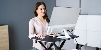 10 Best Standing Desks for the Hybrid Workplace