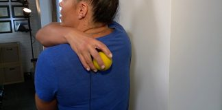 Local chiropractor helps manage back pain by working at home