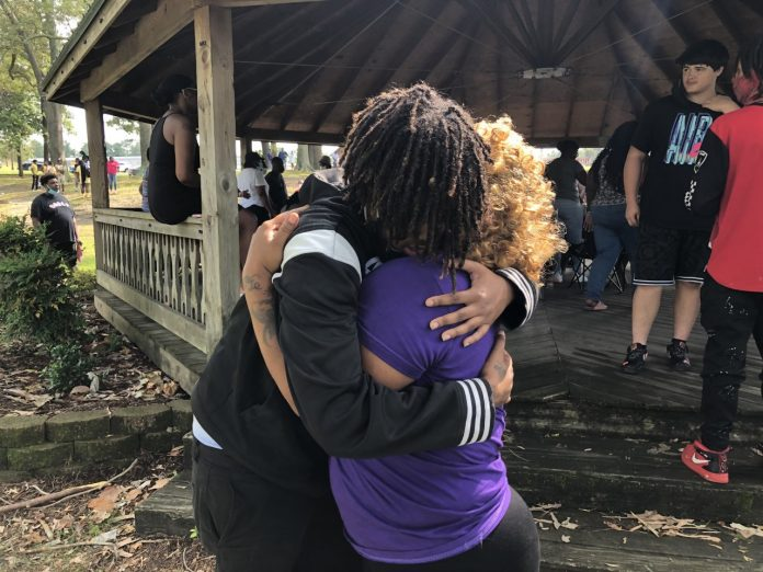 The community comes together to remember two teenagers who were killed in a car accident in Nottoway County