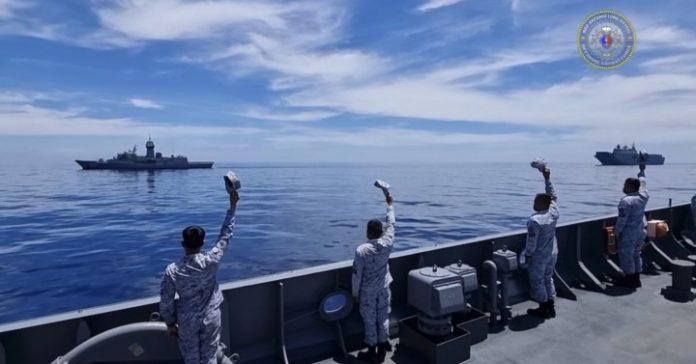 PH, Australian naval vessels hold sea exercises
