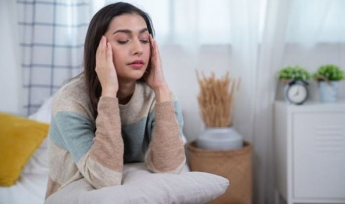 Difference Between Migraines and Headaches - Seven Main Differences