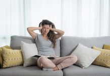 New study links migraines with severe hot flashes and the risk of heart disease