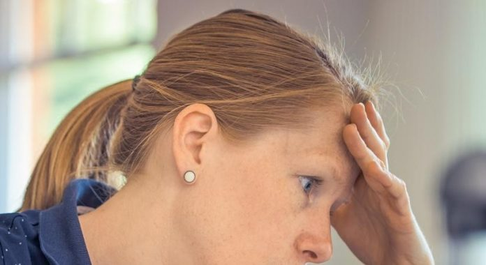 How to manage a migraine while working from home