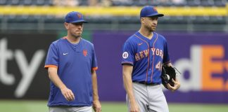 Mets practice option for pitching coach Jeremy Hefner