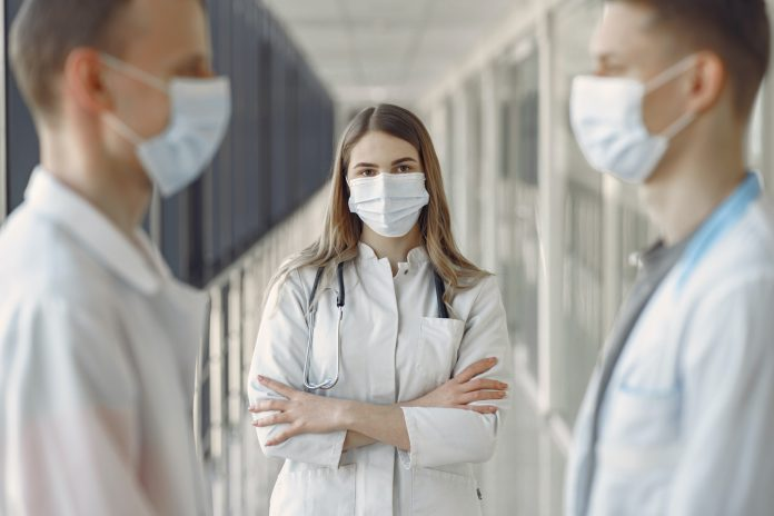 With full hospitals, should you go to the emergency room or emergency room?
