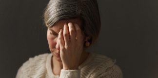 Do brain tumors cause ringing in the ears and dizziness?